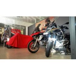 Location place d\'hivernage moto intérieur